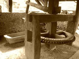 Equipamentos Usados no Processamento Agrícola, no Castelinho Caracol, em Canela