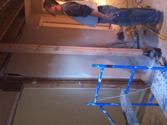 kitchen remodel dallas wooden bench for table houston remodeling 休斯顿张先生家厨房改造 理石台面的安装 地砖 地板工程