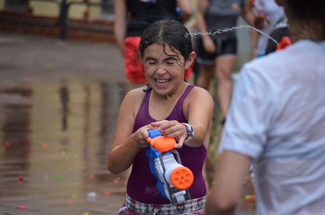 guerra del agua en las fiestas de El Regato