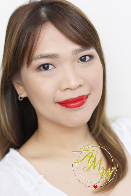 a photo of Nikki Tiu - AskMewhats wearing CLINIQUE Pop Matte Rose Pop + Primer and Pop Liquid Color + Primer Flame Pop