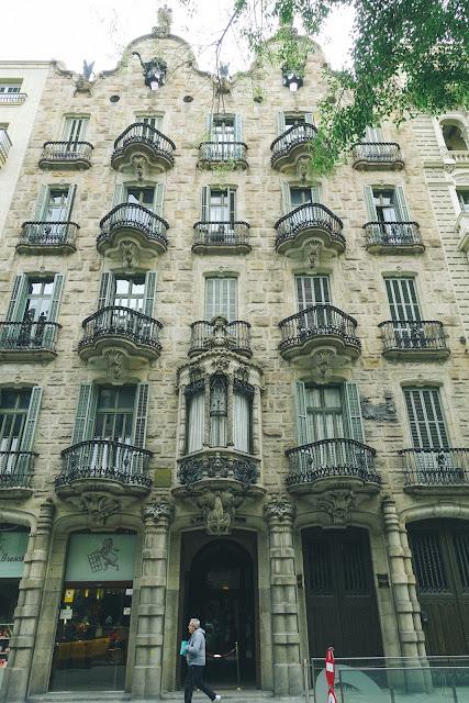 カサ・カルベット(Casa Calvet)