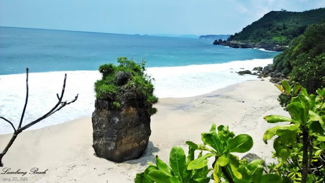 Pantai Lumbung di Tulungagung