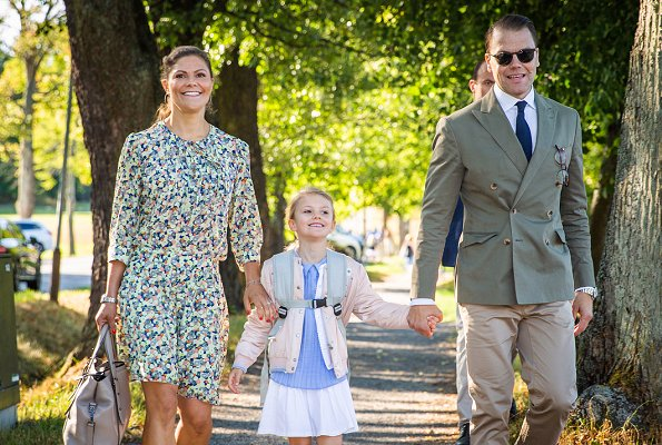 Crown Princess Victoria is wearing Baum und Pferdgarten skirt and blouse. Princess Estelle on the first school day