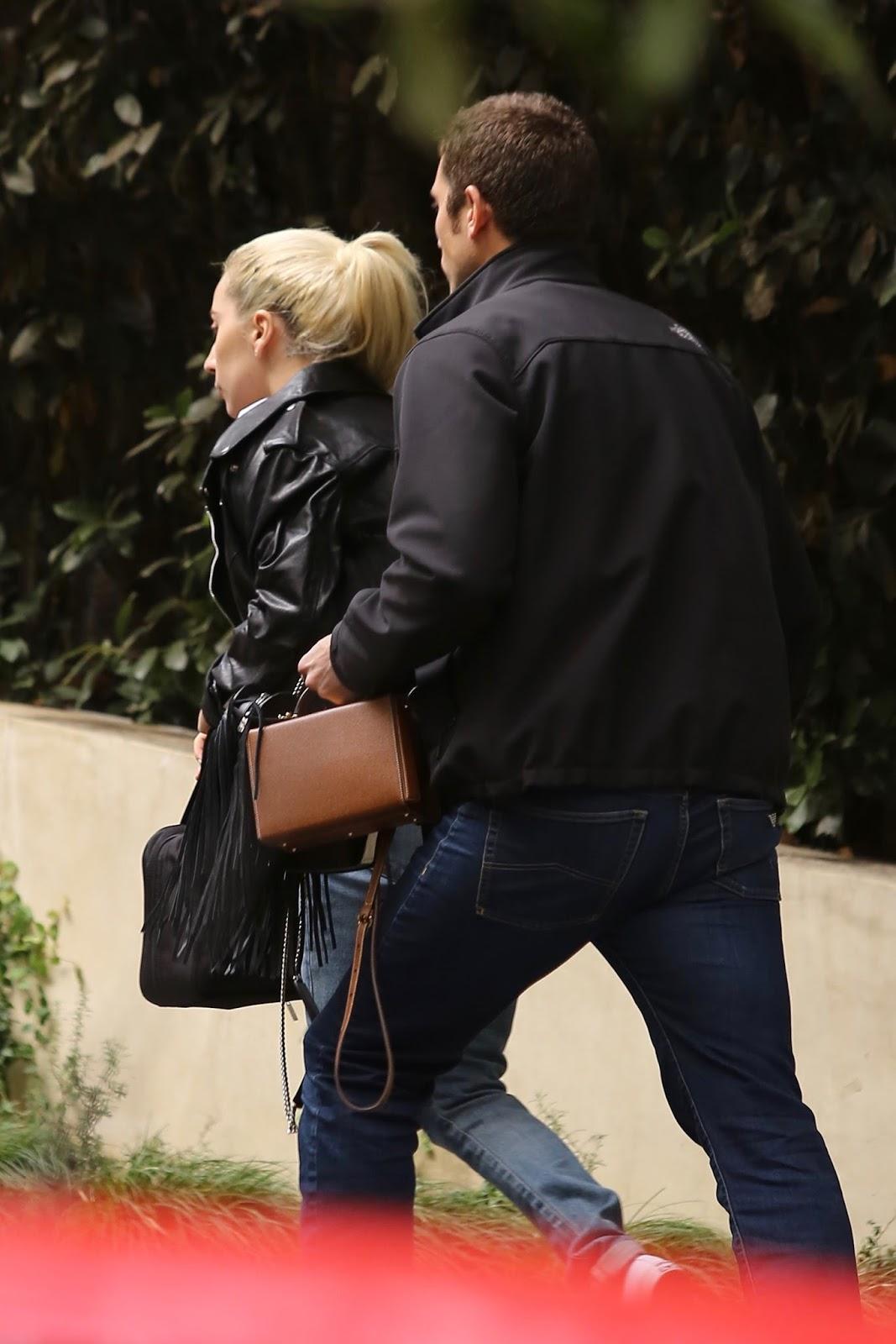 Fotos Lady Gaga Llegando A La Casa De Bradley Cooper En