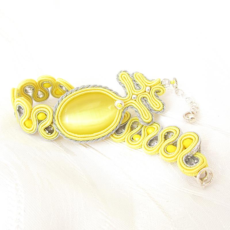 Lemon bracelet.