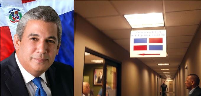 Consulado de RD en NY  remodela instalaciones y se excusa con usuarios