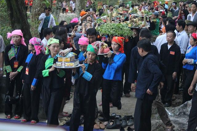 Ha Giang opens Khau Vai Love Market Festival 2017 3