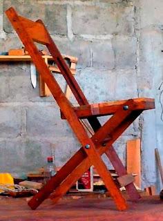 Silla plegable de madera. Nueva forma