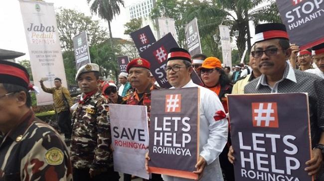 Ahmad Heryawan sebut dari aksi bela Rohingya terkumpul dana sebesar 1,2 miliar.