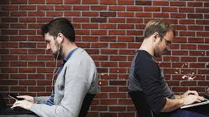 introvertido trabalhador calado