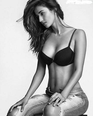 Disha Patani Latest Bikini Pics, Hot Images, HD Bikini Wallpapers