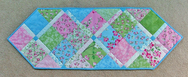 Quilt Crossing What to do with a charm pack Gorgeous Quilt Patterns Using Charm Packs