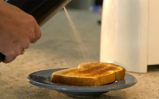 With This Tool Can Be Sprayed into Surface Butter Bread