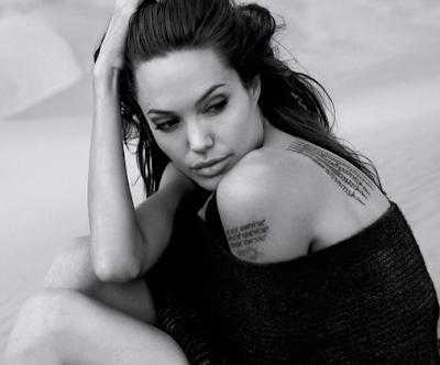 Angelina Jolie Artis Hollywood Paling Hot 2016