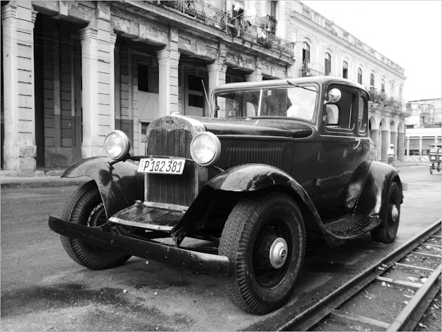 Oldtimer in Havannas Straßen Foto: ©2018 Stefan Schirmer