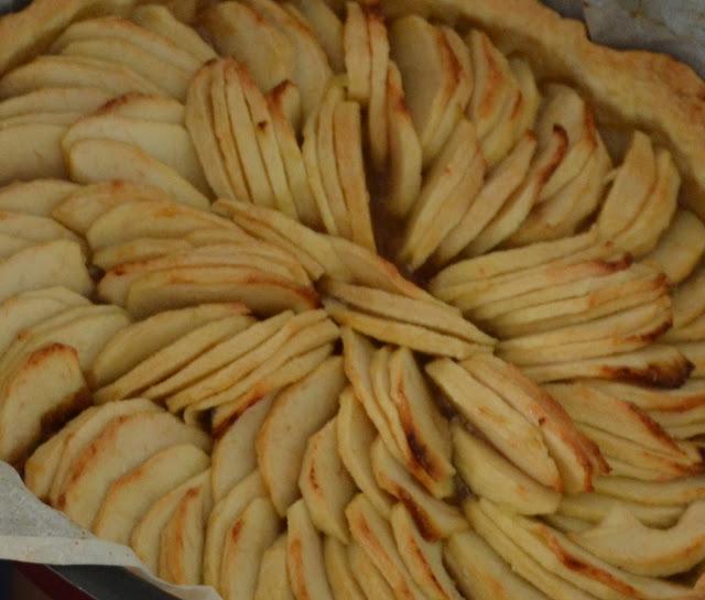Sweet, Kwisine, tarte, pommes, speculoos, pâte sablée