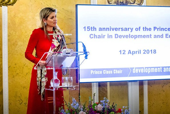 Dutch Queen Maxima wore Dolce & Gabbana Contrast stitch cady dress. Dutch Princess Beatrix and Dr. Ali Bilgiç holds the Prince Claus Chair