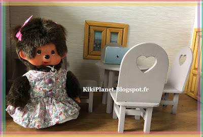 table en bois, handmade, fait main, kiki, monchhichi, miniature, meuble