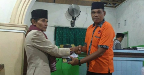 Selama Ramadan, FKAN Bagikan 200 al Quran dan Sumbangan Pembangunan Rumah Ibadah