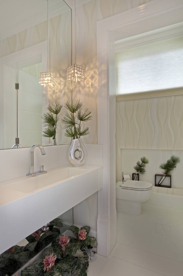 Decor Salteado  Blog de Decoração e Arquitetura  Lavabos com bancada da pia -> Casas Da Agua Pia De Banheiro