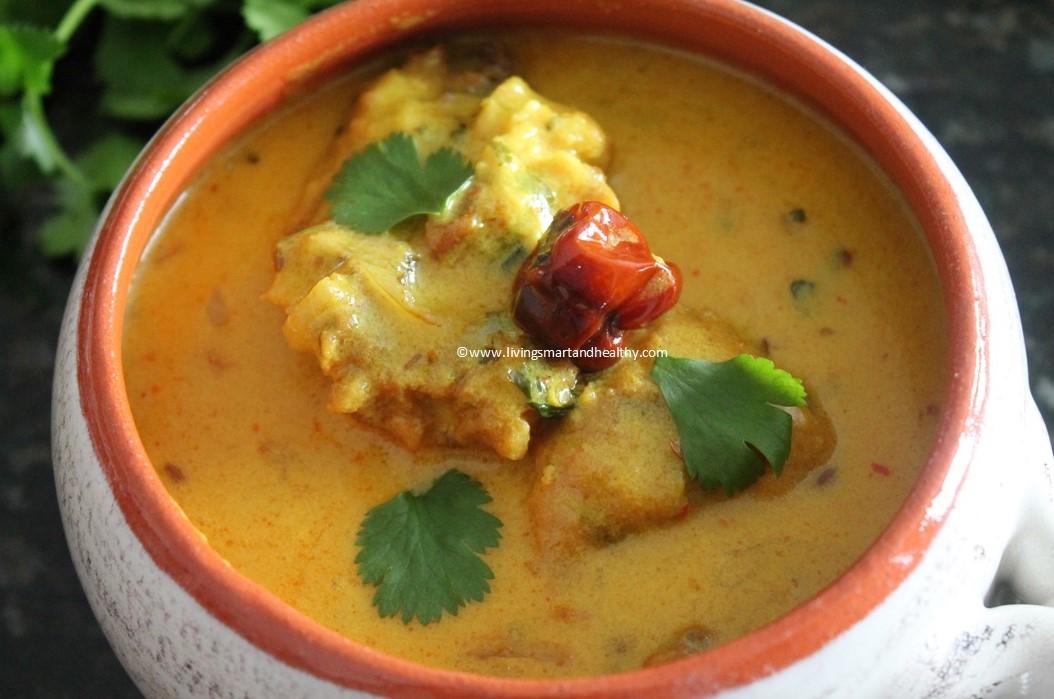 Punjabi Kadhi / Kadhi Pakoda / Yogurt curry with fritters - Instant Pot, Stove Top