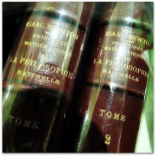 Princípios Matemáticos da Filosofia Natural, Isaac Newton - Biblioteca Pública do Estado do RS