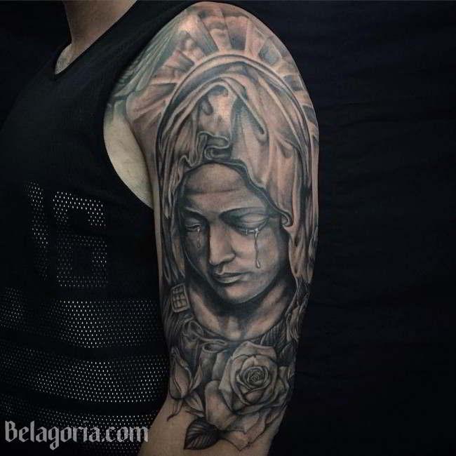 Tatuaje De La Virgen  En El Hombro