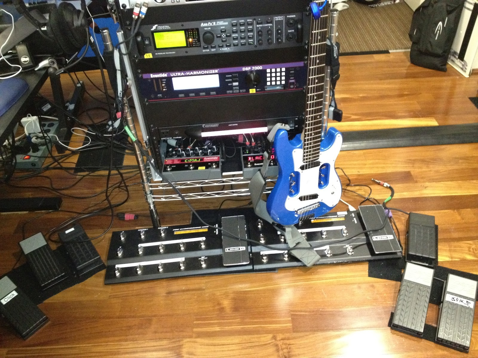 Building the Ultimate Guitar Rig: July 2012