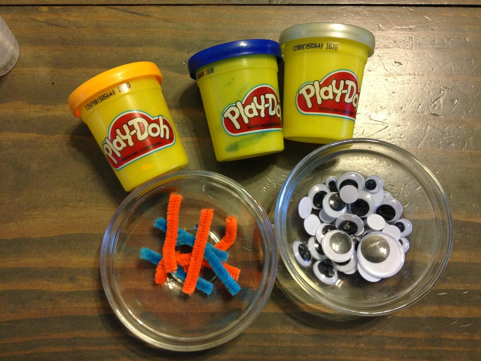 how to keep playdough from cracking