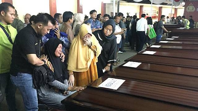 Rebutan Jenazah, Istri Pertama Berkeras Bawa Korban Lion Air ke Manado