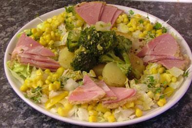 las ensaladas tanto frias como tibias son ideales para la dieta