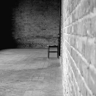 صور بنات وحيدة حزينة صور تعبر عن الوحدة صور تعبر عن الزعل بنات زعلانة تبكى بنات حزينة وحيدة اجمل الصور المعبرة عن احساس الوحدة