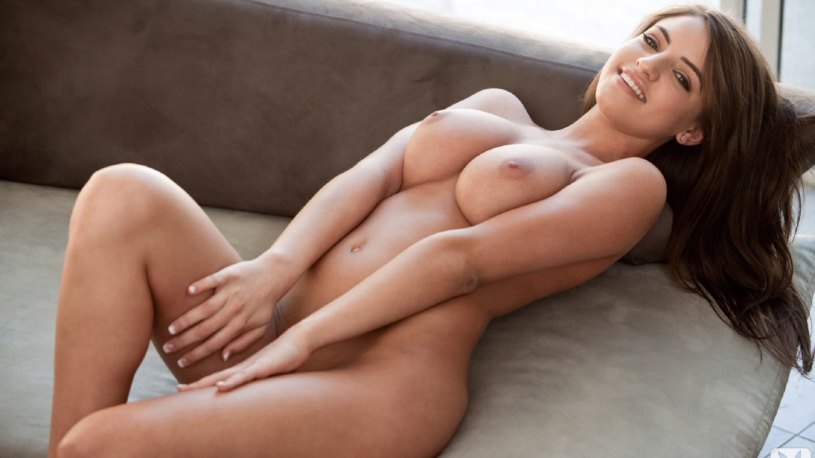 Full Naked Sexy Women