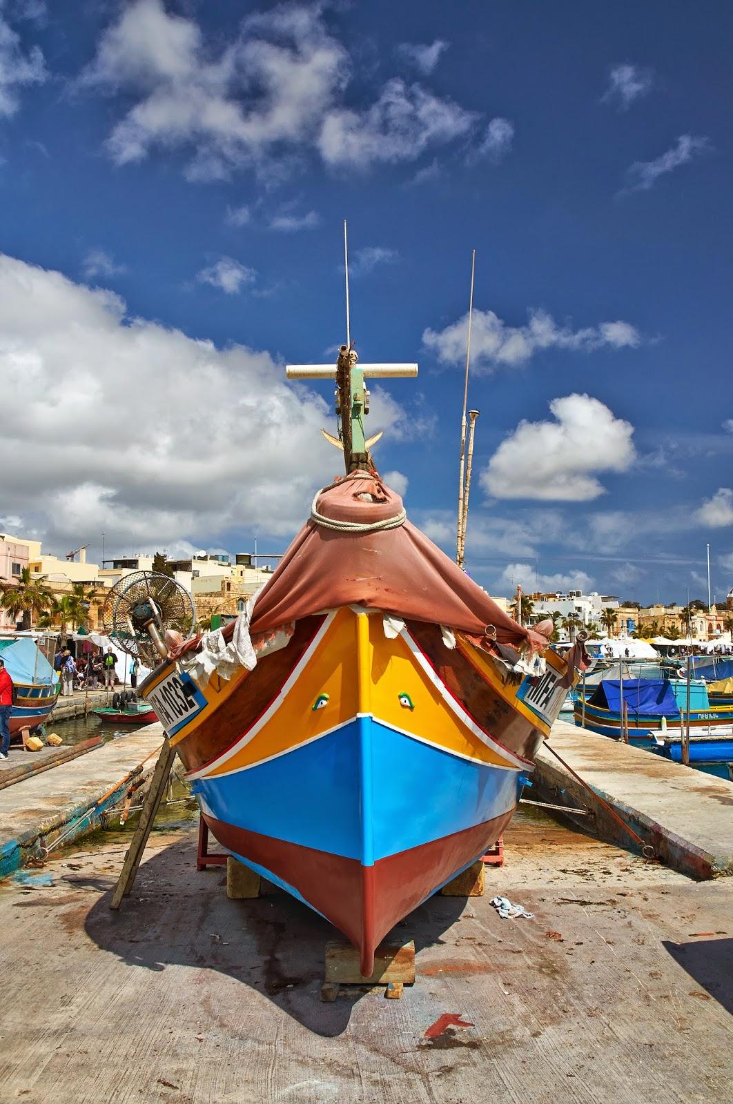 łodzie luzzu na Malcie