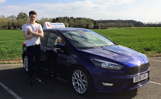 Under 17 driving lessons for young drivers in