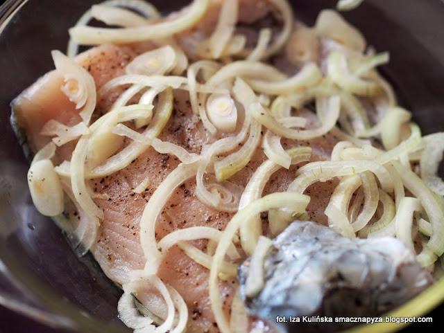 amur smazony w ciescie piwnym, ryba w ciescie, ryba na wigilie, ciasto nalesnikowe z piwem, amur w ciescie nalesnikowym, amur bialy, filet z amura