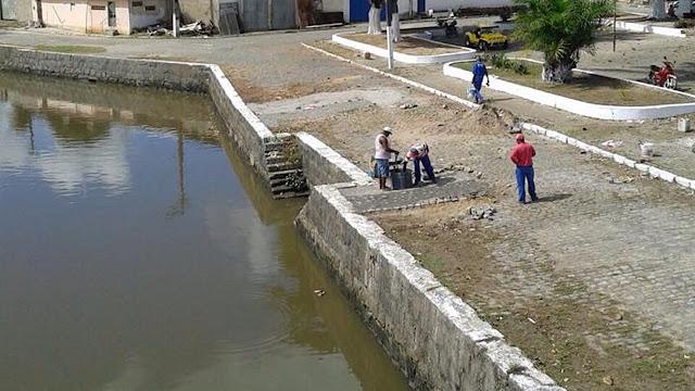 Prefeitura realiza limpeza e manutenção no Baldo do Rio