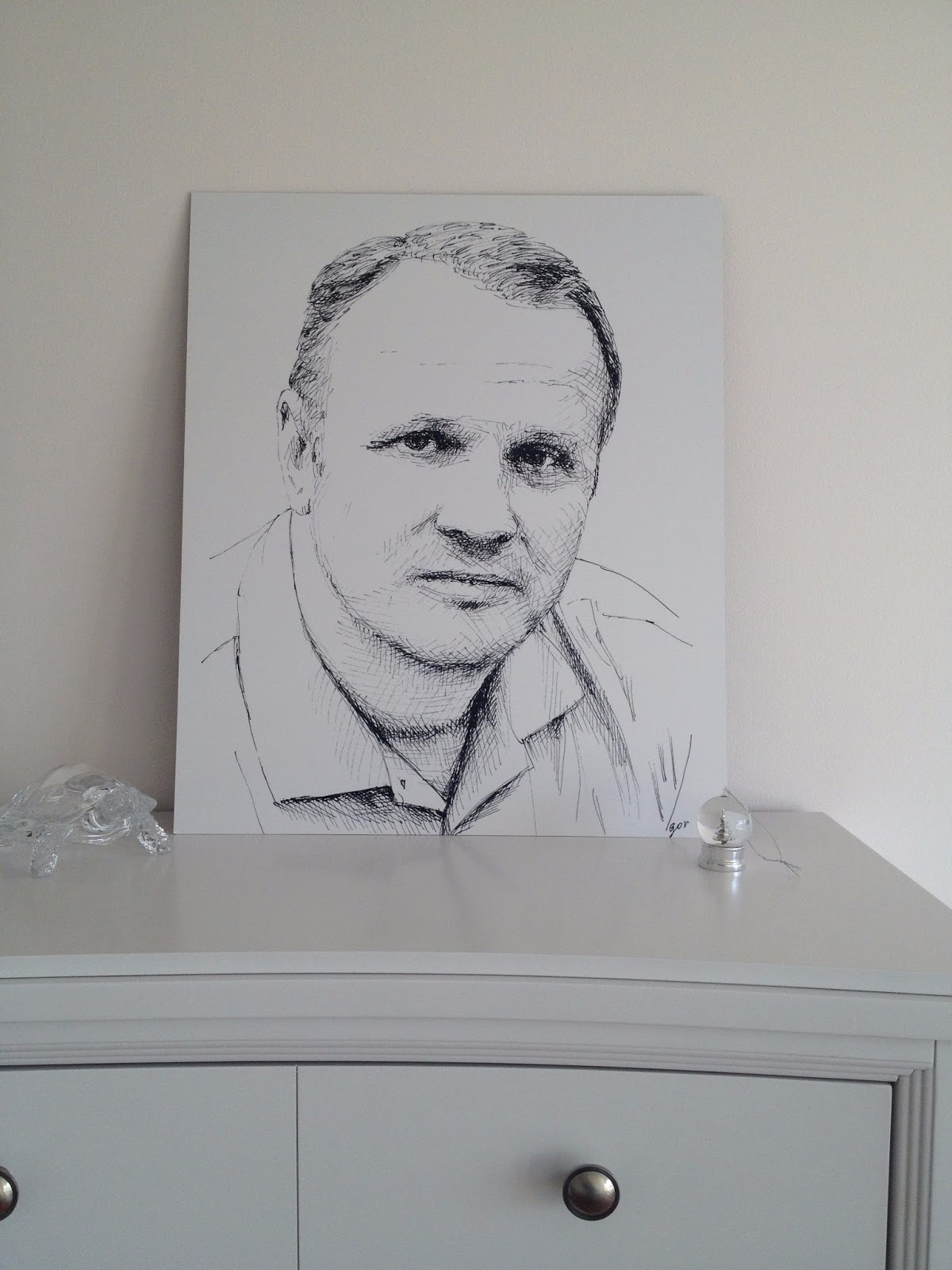Custom portrait, how it looks on the wall. Classic ink drawing