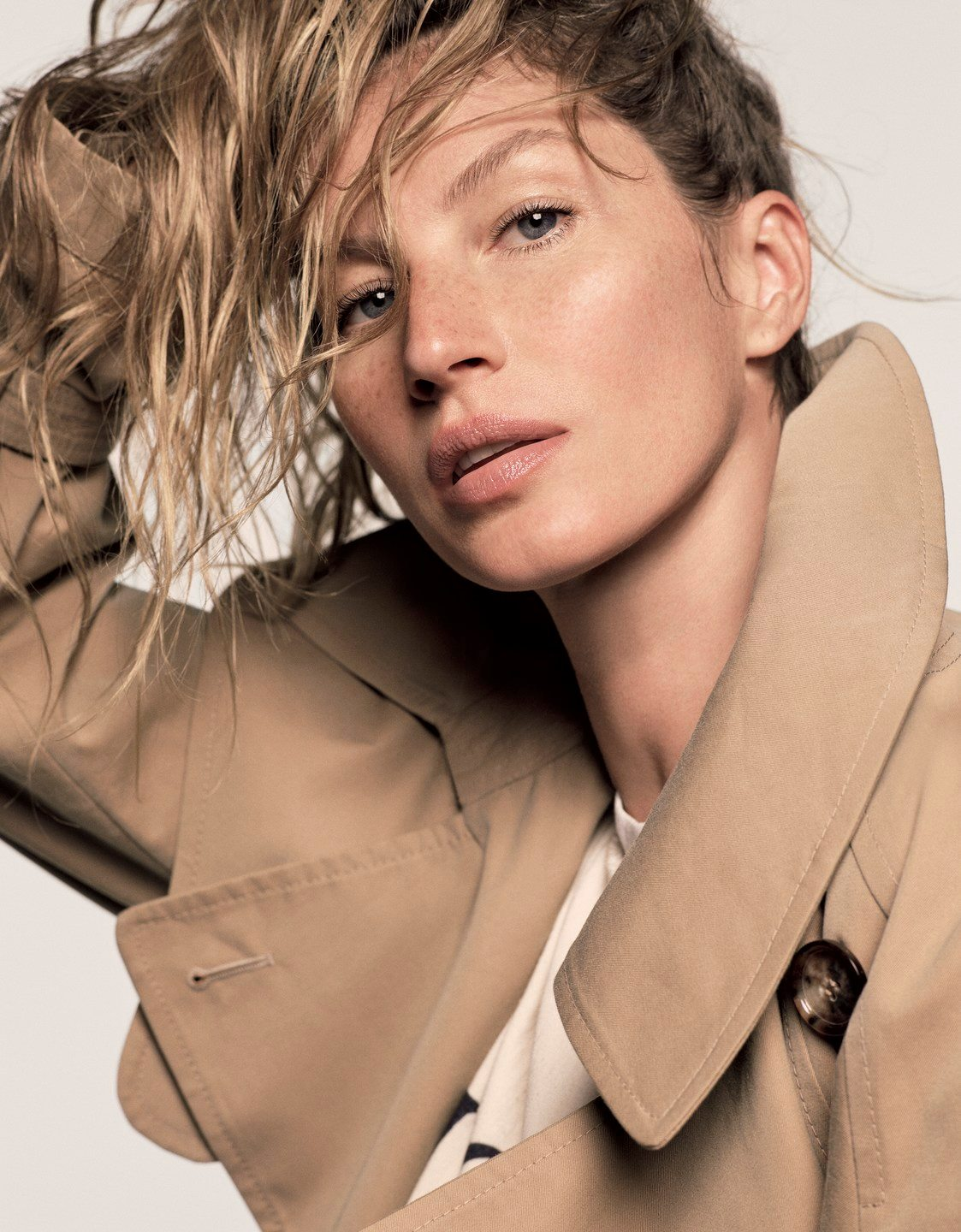 Vogue Japan February 2018 Gisele Bundchen by Luigi & Iango