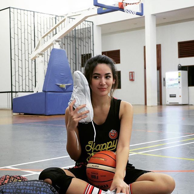 Biodata Lengkap Maria Selena