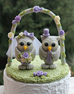 beautiful owl wedding cake topper