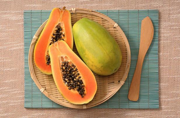 Los beneficios de comer semillas de lechosa