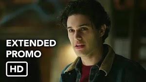 """Legacies Episódio 15 estendido da Primeira Temporada, """"I'll Tell You a Story"""" (HD)"""