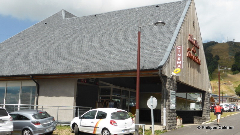 Ciné-Façades: Super (Besse-et-Saint-Anastaise - 10)