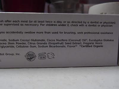 Zubná pasta Simply Coconut – bieliaca ingredients