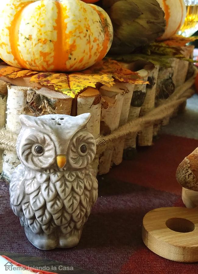 birch wood garland centerpiece with pumpkins and pinecones