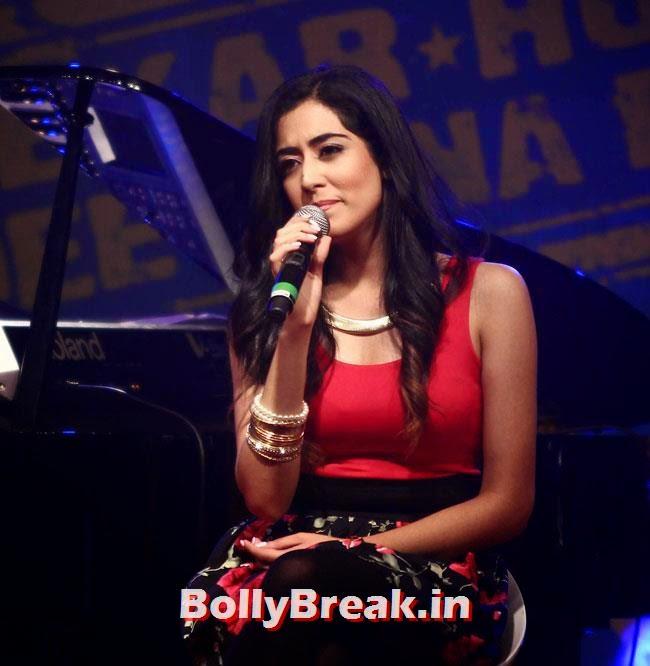Lekar Hum Deewana Dil Music Launch, Kareena, Karishma, Deeksha at Lekar Hum Deewana Dil Music Launch