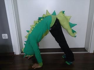 Handgemacht selbst genäht kri kra krokodil kostüm