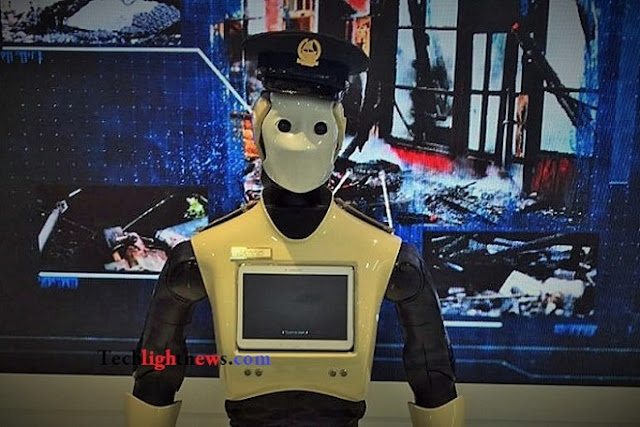 Robocop in the streets of Dubai,robocop,robocop 2017,robocop dubai,dubai,dubai robocop,2017,tech news,tech,it news,science news,technology,information technology,news,technology news,robot,dubai robot,2017 dubai,the robocop in dubai,police robocop,dubai police robocop,real robocop,real robocop dubai,real robocop in dubai,dubai city,world news,machines,robocop in dubai video