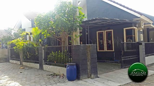 Rumah dalam Perum jalan Wates Km 13